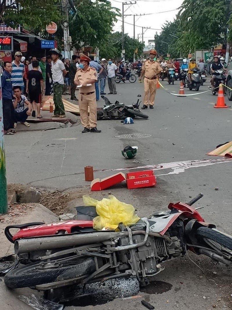 Hiện trường vụ tai nạn do Mười thu gây ra