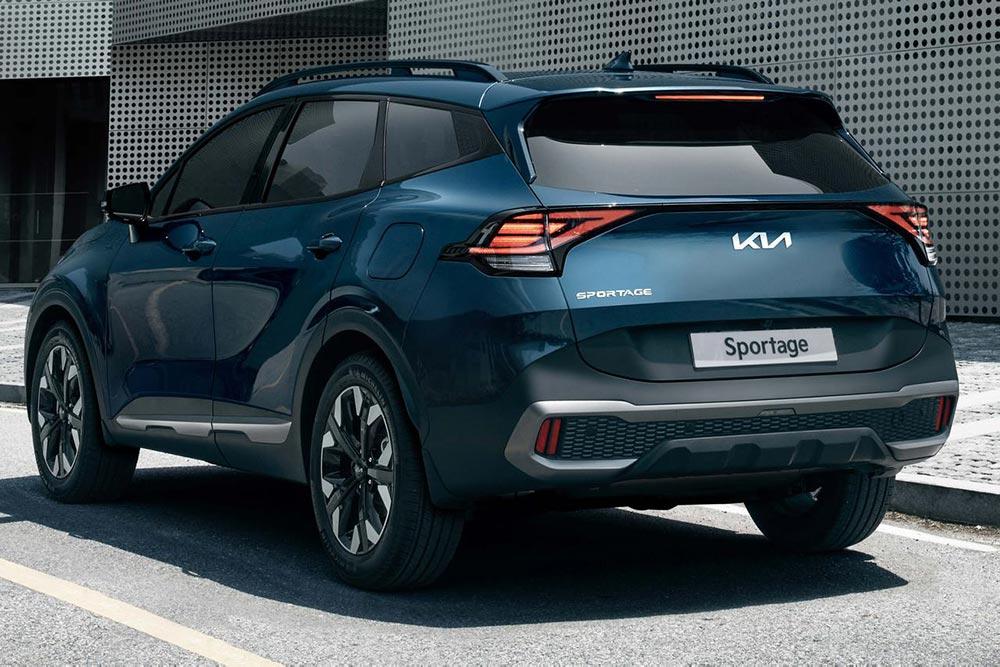 Thiết kế lột xác giúp KIA Sportage thu hút sự chú ý trong phân khúc của Honda CR-V hay Toyota RAV4